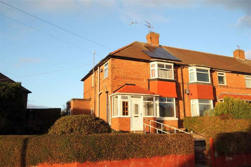 3 Bedrooms Town House for sale in Westfield Place, York, YO24 3HN