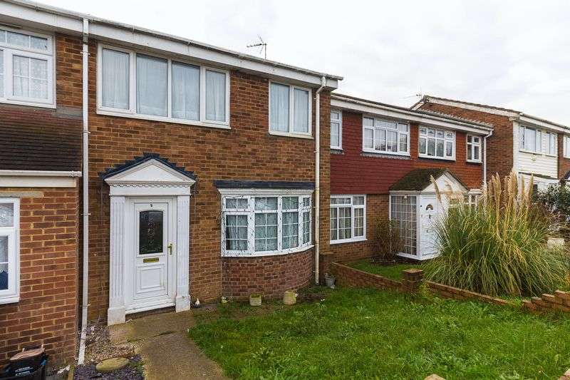 3 Bedrooms Terraced House for sale in Imperial Drive, Warden Bay
