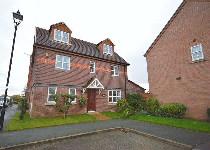 4 Bedrooms Detached House for sale in Norlands Park, Widnes