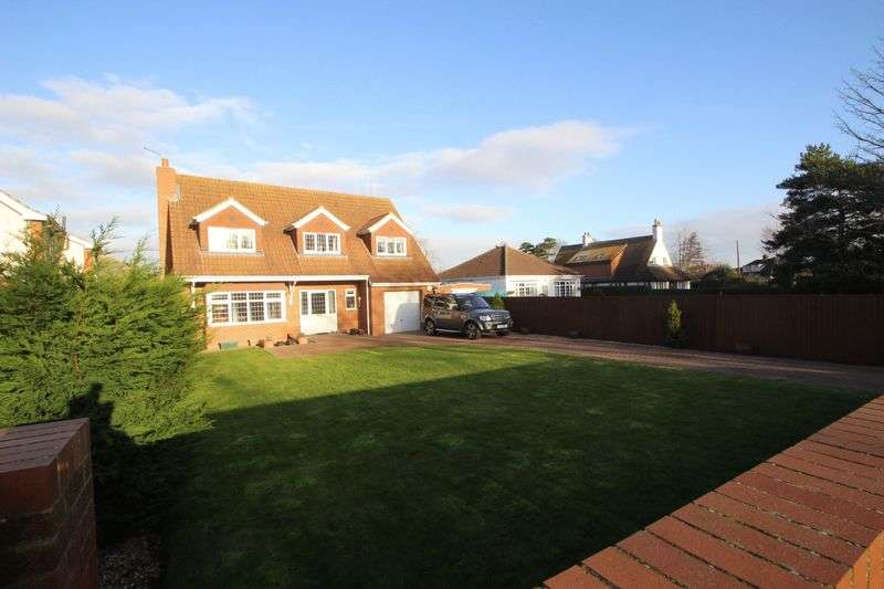 4 Bedrooms Detached House for sale in PEAKS LANE, NEW WALTHAM