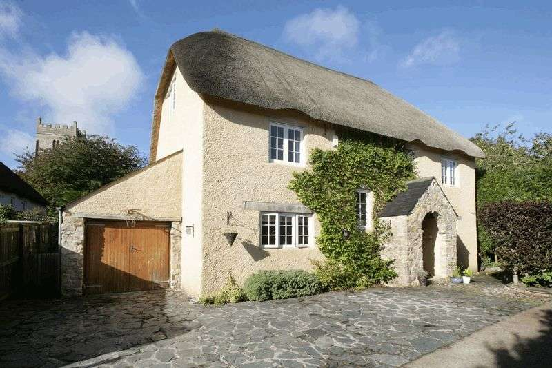 5 Bedrooms Detached House for sale in Abbotskerswell, Newton Abbot
