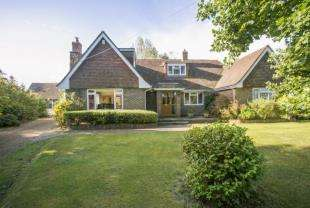 6 Bedrooms Detached House for sale in Stunts Green, Herstmonceux, Hailsham, East Sussex