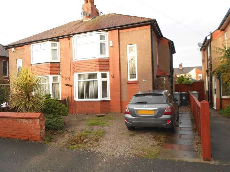 3 Bedrooms Property for sale in Franklyn Avenue, Crewe