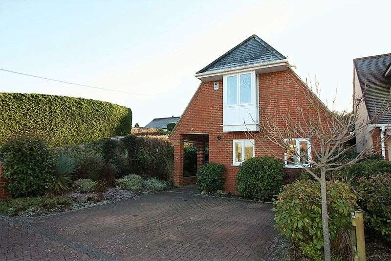 2 Bedrooms Property for sale in 1 Ladysmith Close, East Gomeldon