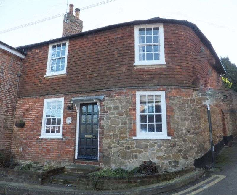 3 Bedrooms Cottage House for sale in Fullers Hill, Westerham