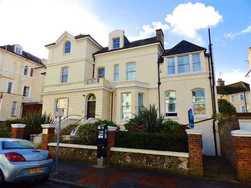 2 Bedrooms Apartment Flat for sale in Clifford House, 7 Burlington Place, Eastbourne