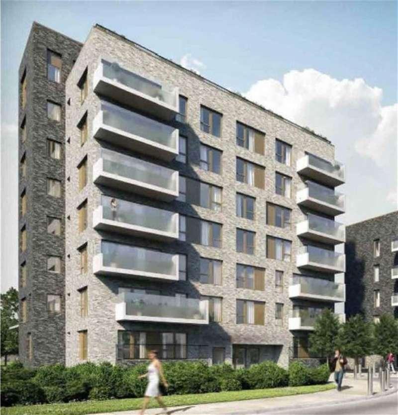 2 Bedrooms Property for sale in Royal Dockside, Royal Docks, London, E16