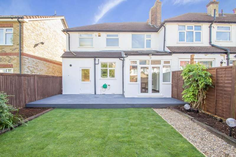 5 Bedrooms Semi Detached House for sale in Cloister Gardens, South Norwood