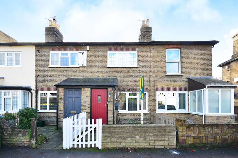 2 Bedrooms Cottage House for sale in Rushett Road, Thames Ditton, KT7
