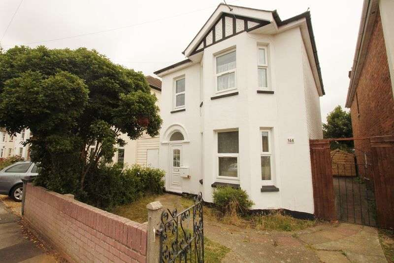 5 Bedrooms Detached House for rent in Capstone Road, Bournemouth