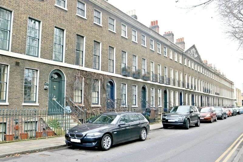 4 Bedrooms Terraced House for sale in Cassland Road, London, E9