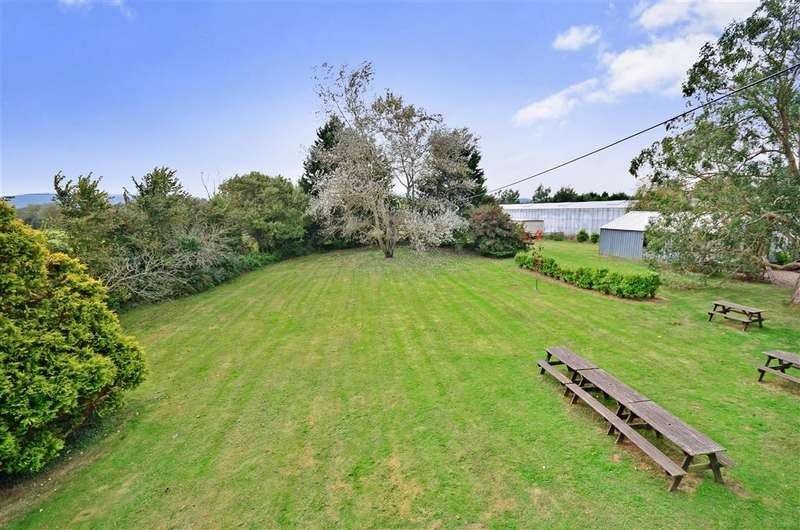 3 Bedrooms Detached House for sale in Bathingbourne Lane, Arreton, Isle of Wight