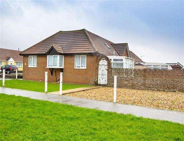 2 Bedrooms Bungalow for sale in Beatrice Mews, Leonard Road, Greatstone