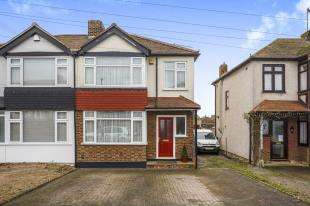 3 Bedrooms Semi Detached House for sale in Noreen Avenue, Minster On Sea, Sheerness, Kent