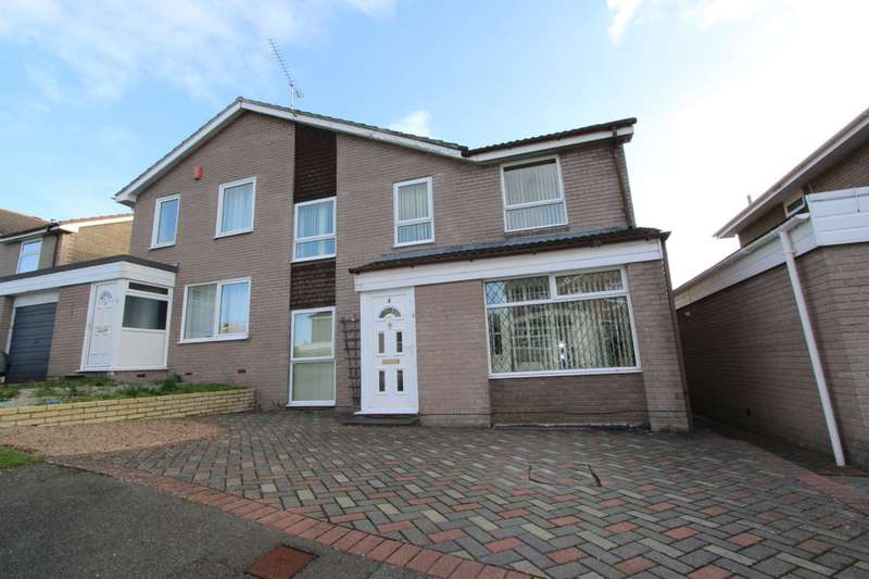 4 Bedrooms Semi Detached House for sale in Woodland Way, Torpoint