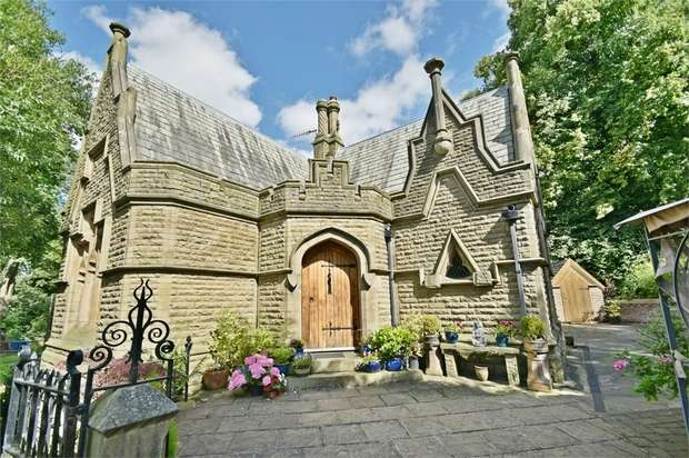 4 Bedrooms Detached House for sale in Bacup Road, Rossendale, Lancashire