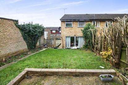 3 Bedrooms End Of Terrace House for sale in Charlesworth Close, Hemel Hempstead, Hertfordshire