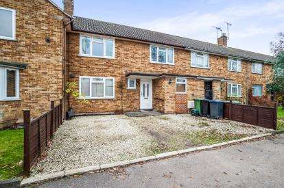 2 Bedrooms Terraced House for sale in Longlands, Hemel Hempstead, Hertfordshire, .