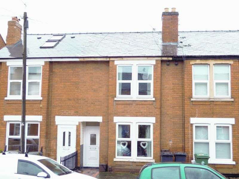 3 Bedrooms Terraced House for sale in Stanley Road, Gloucester
