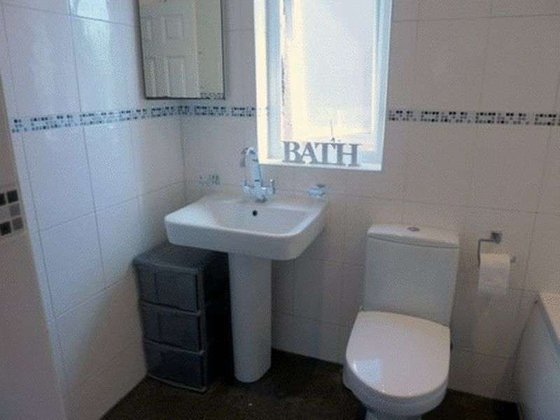 2 Bedrooms Semi Detached House for sale in Edith Street, Nelson, BB9 9HU
