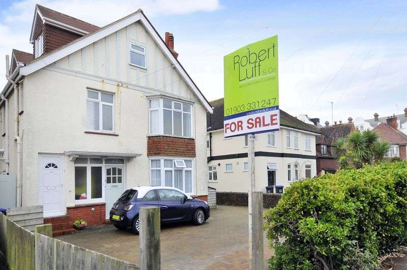 3 Bedrooms Flat for sale in Bath Road