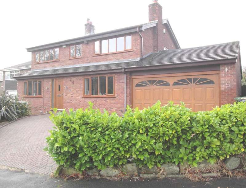 4 Bedrooms Detached House for sale in Delph Brook Way, Egerton, Bolton, BL7