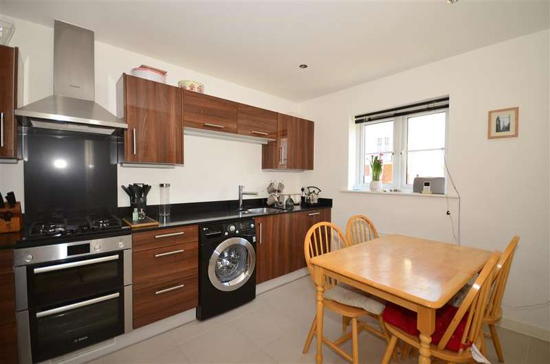 4 Bedrooms End Of Terrace House for sale in Hambrook Road, Holborough Lakes, Snodland, Kent