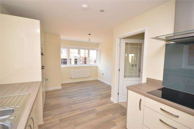3 Bedrooms Detached House for sale in London Road, Rockbeare, Exeter