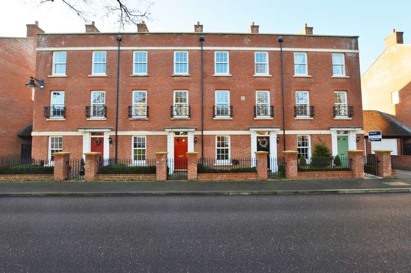3 Bedrooms Town House for rent in Masterson Street, Exeter