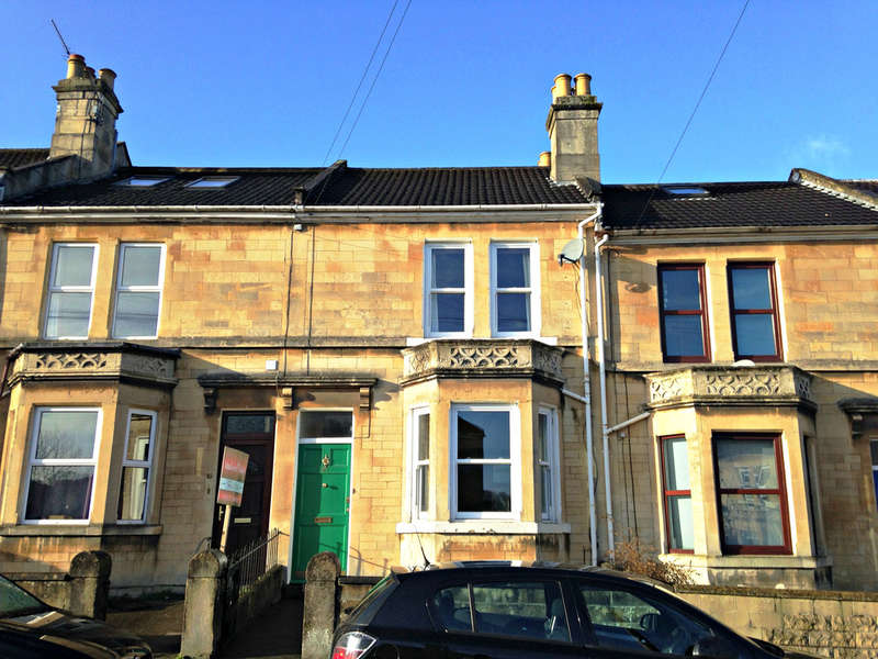 3 Bedrooms Terraced House for sale in Ringwood Road, Oldfield Park, Bath