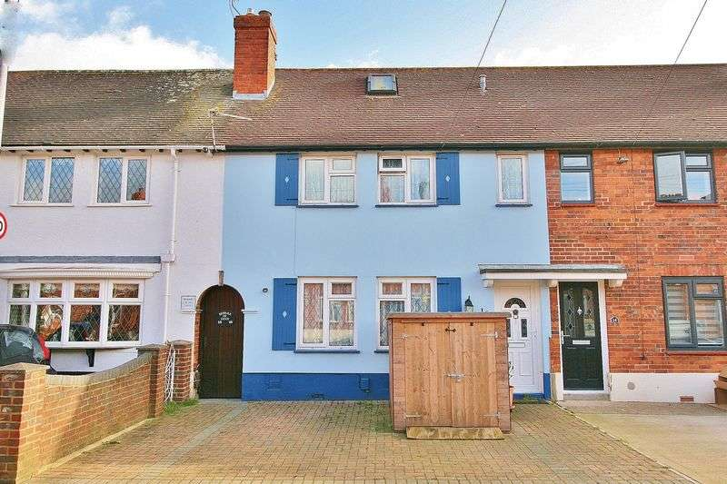 2 Bedrooms Terraced House for sale in Salterns Avenue, Milton