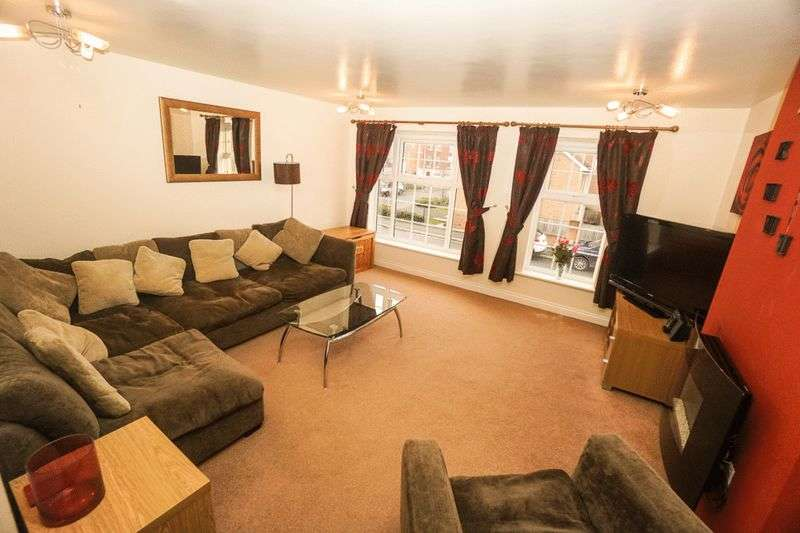 3 Bedrooms Terraced House for sale in Hazel Pear Close, Horwich