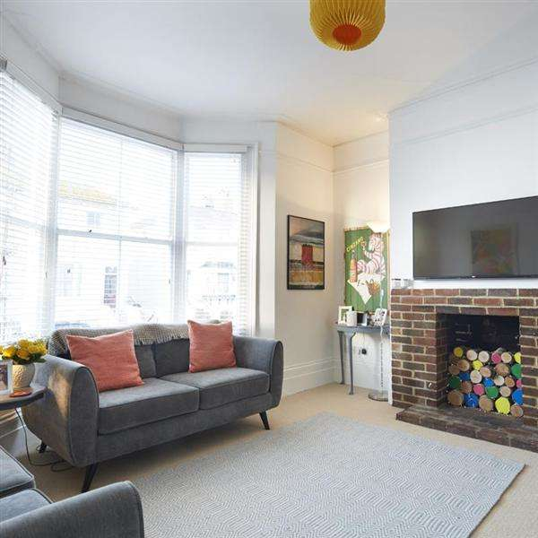 2 Bedrooms Flat for sale in Osborne Villas, Hove
