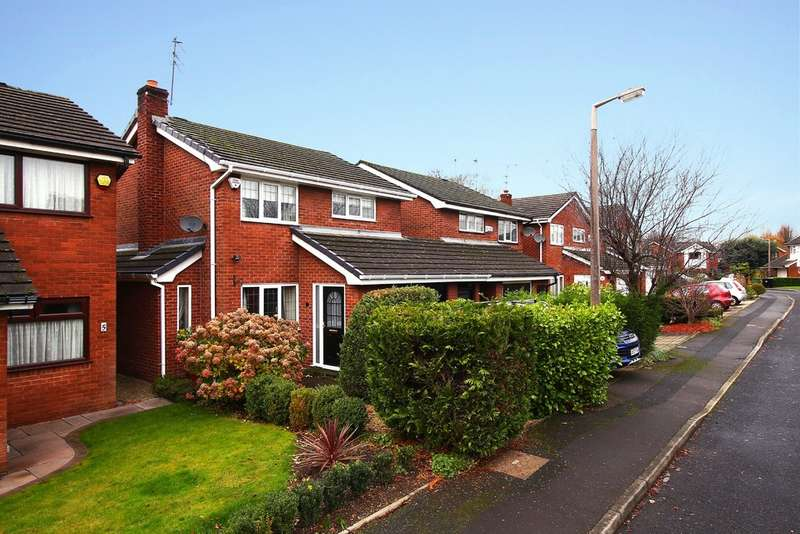 3 Bedrooms Detached House for sale in Belldale Close, Heaton Mersey