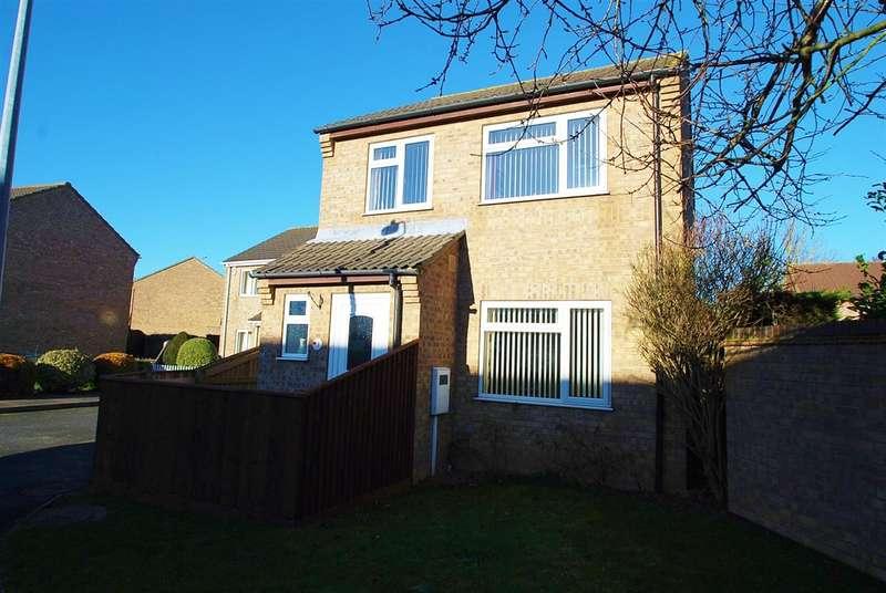 3 Bedrooms Detached House for sale in Eden Close, Skegness