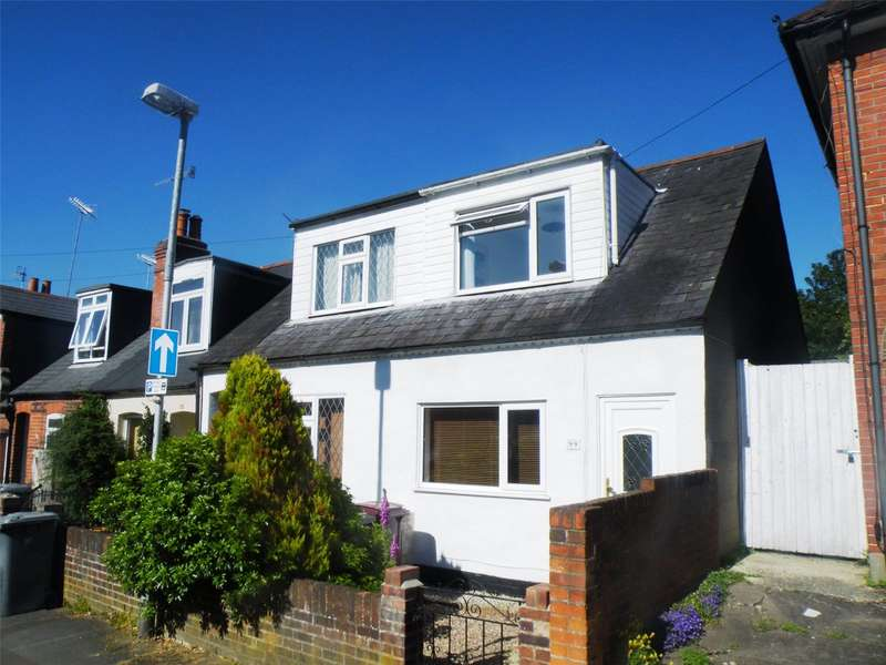 2 Bedrooms Semi Detached Bungalow for sale in Highgrove Street, Reading, Berkshire, RG1