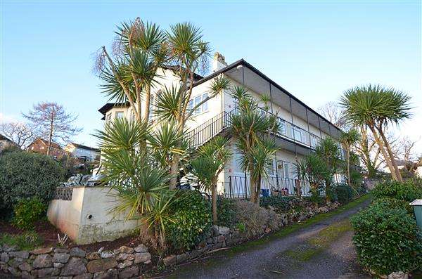 2 Bedrooms Apartment Flat for sale in Oak Park Villas, Dawlish