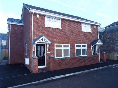 3 Bedrooms Semi Detached House for sale in Coleridge Street, Liverpool, Merseyside, England, L6