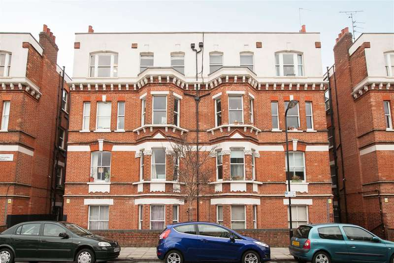 1 Bedroom Flat for sale in Salcombe Road, London