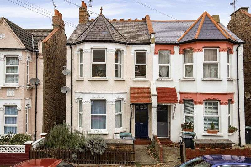 2 Bedrooms Flat for sale in Maryland Road, Palmers Green