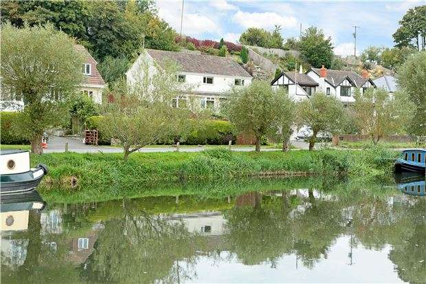 4 Bedrooms Detached House for sale in Mead Lane, Saltford, NR BATH