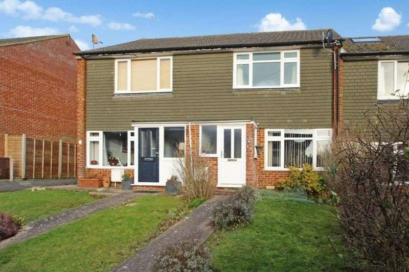 2 Bedrooms Terraced House for sale in Widmer End