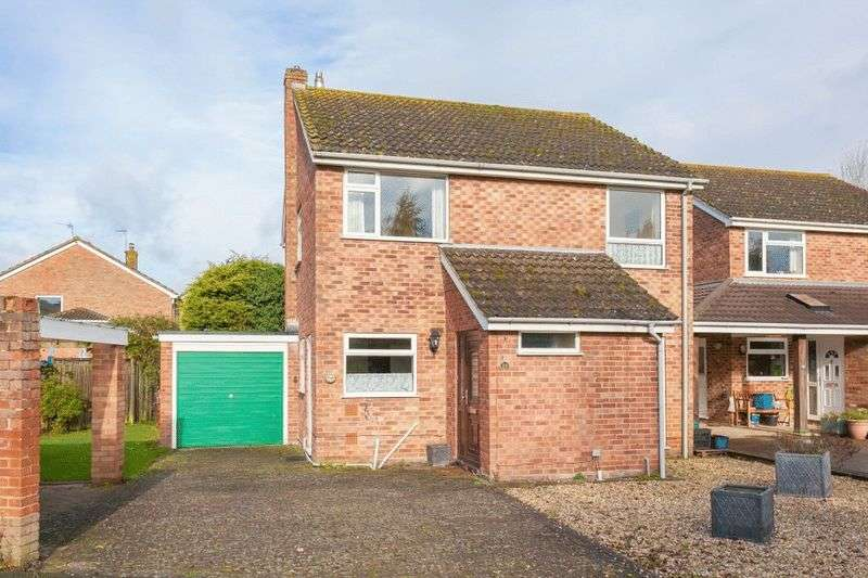 4 Bedrooms Detached House for sale in Ickford