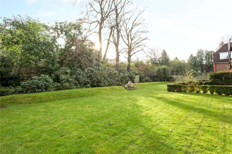 2 Bedrooms Flat for sale in Evergreen, Cross Road, Sunningdale, Berkshire, SL5