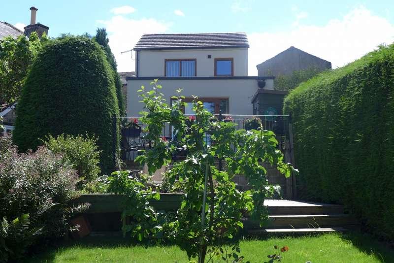 1 Bedroom Detached House for sale in Rock Road, Birchencliffe, Huddersfield, HD3