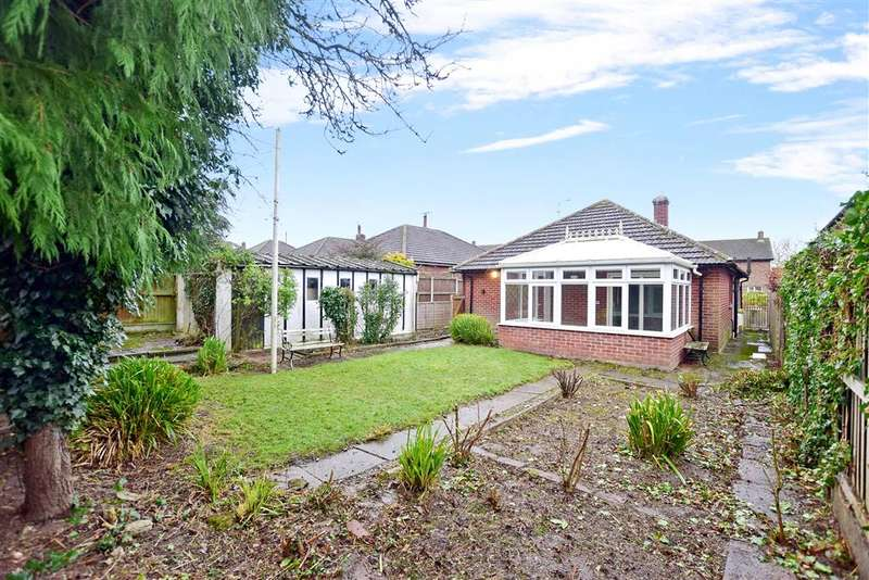 3 Bedrooms Bungalow for sale in The Foreland, Canterbury, Kent