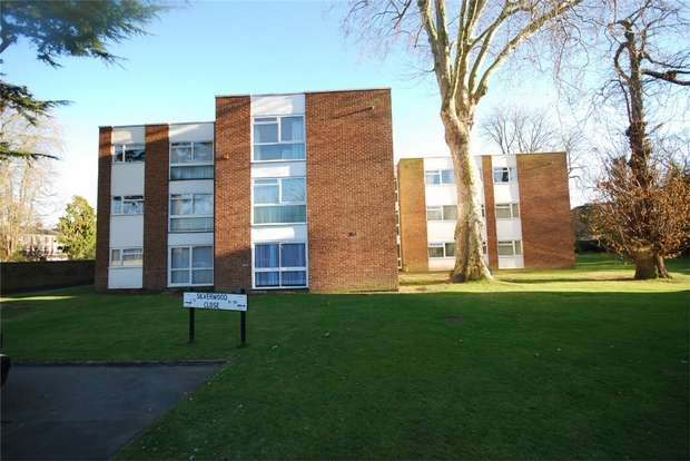 2 Bedrooms Flat for sale in Silverwood Close, BECKENHAM, Kent