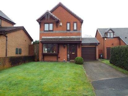 3 Bedrooms Detached House for sale in Avoncliff Close, Bolton, Greater Manchester, BL1