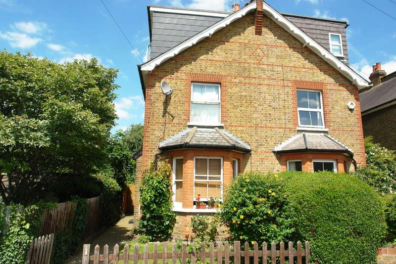 4 Bedrooms Cottage House for sale in Egmont Avenue, Surbiton