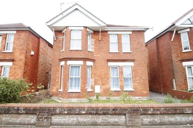 6 Bedrooms Detached House for rent in Kings Road, Charminster